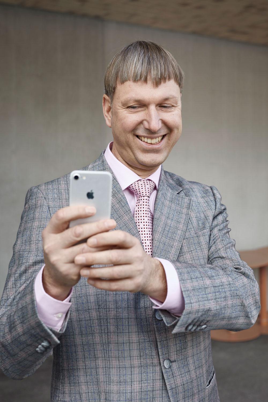 jonathan_liechti_portrait_Prof_Dirk_Helbing_bern_01