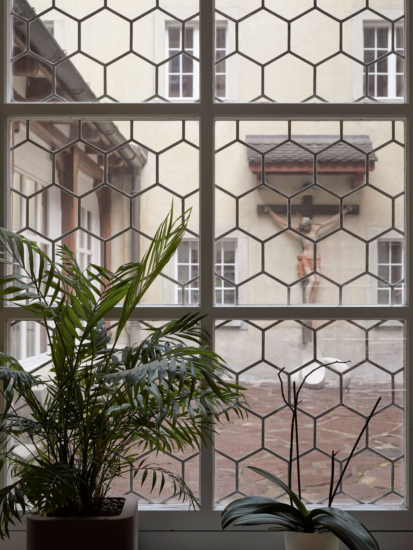 jonathan_liechti_portrait_reportage_kloster_rapperswil_1134